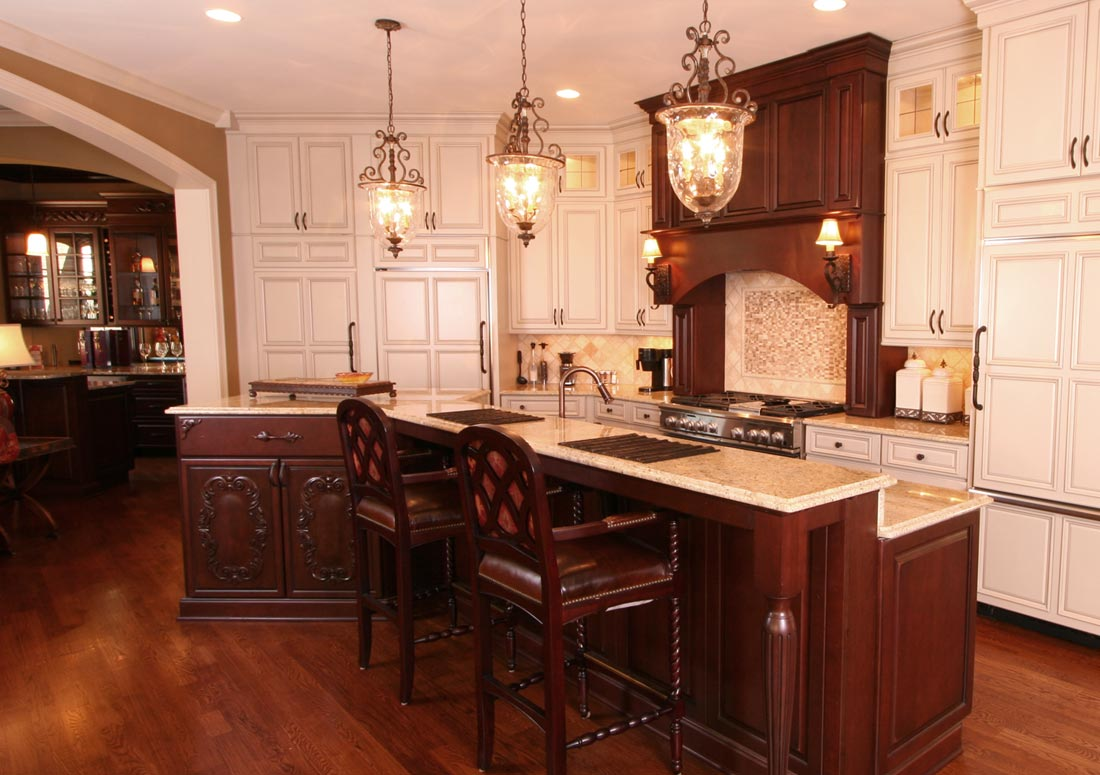 Gallery kitchens cincinnati kitchens for Cincinnati kitchen cabinets